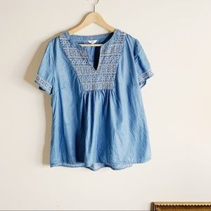 CROWN & IVY EMBROIDERED CHAMBRAY TUNIC TOP